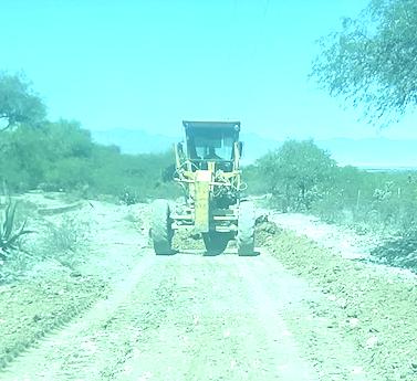 Obras Publicas de Villa de Reyes, continúa con programa de mejoramiento de calles y abastecimiento de agua, durante la contingencia