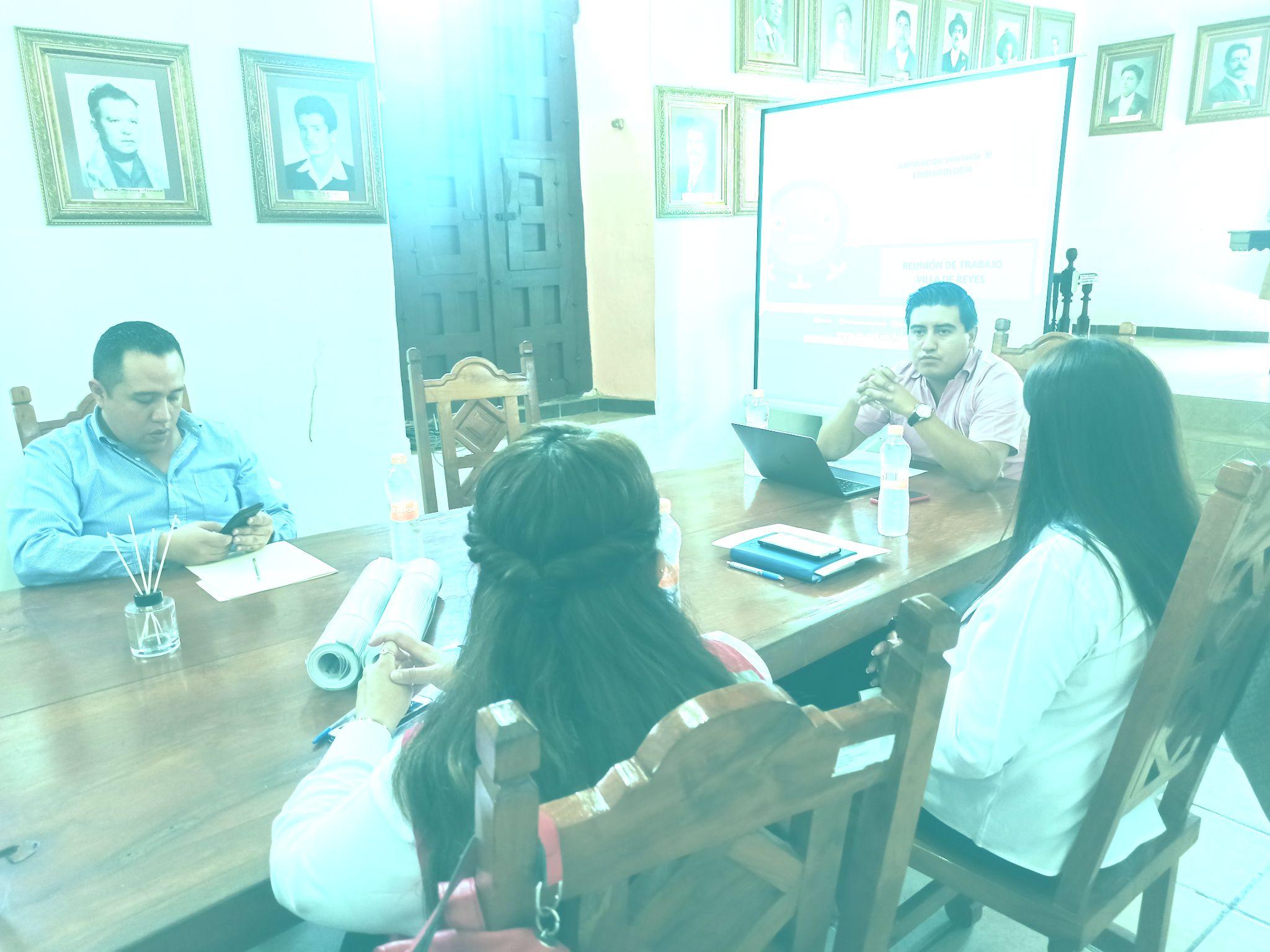 Trabajo conjunto entre Ayuntamiento de Villa de Reyes y Jurisdicción Sanitaria no. 3 para la prevención del COVID-19